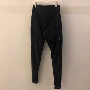 Onzie Pants - Onzie black perforated legging, sz xs,   68120